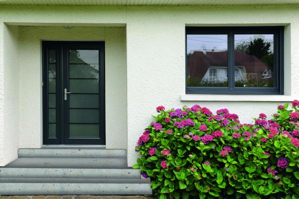 Fenster und Haustüre
